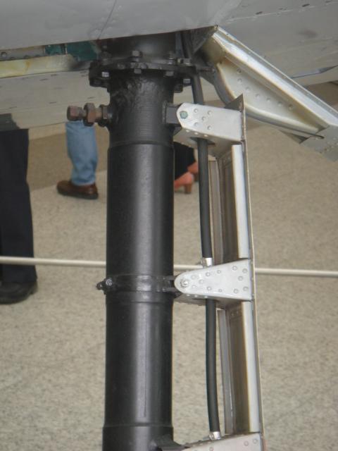 MITSUBISCHI A6M5 modèle 52 Dsc05325-4548ce1